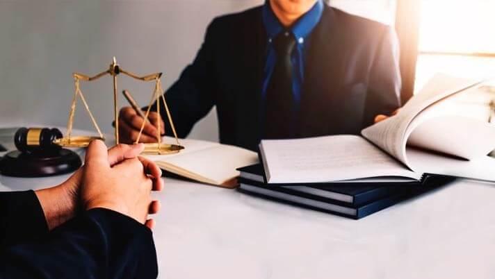 میزان نقش وکیل مدافع
