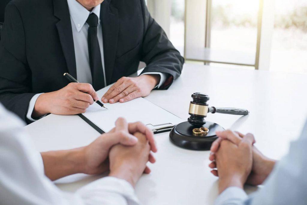 انتخاب وکیل مناسب برای شما