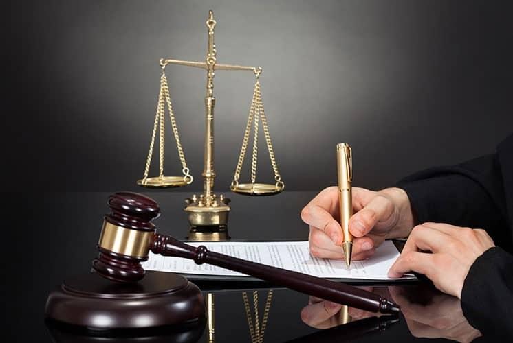 وظایف وکیل حقوقی چیست؟