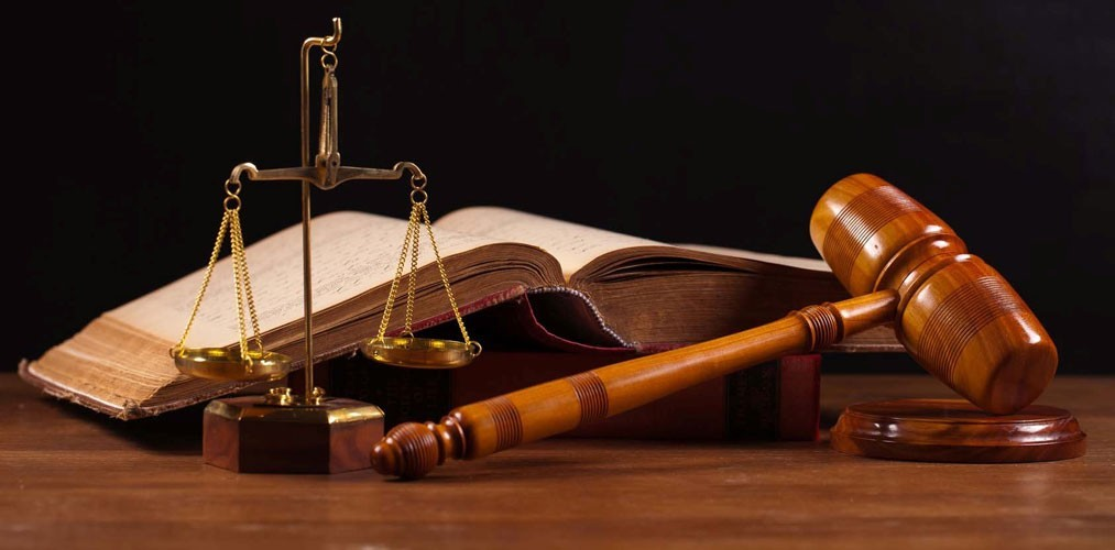 بهرهمندی از مزایای مشاور حقوقی وکالت