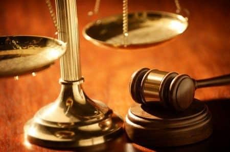 صلاحیت و اعتبار یک کفیل میبایست به تایید قاضبی دادگاه برسد.